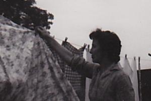 mum washing (1)