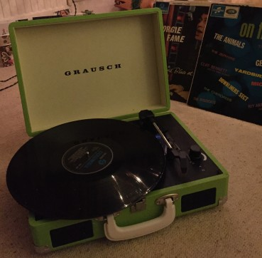 portable record player - picture3-2